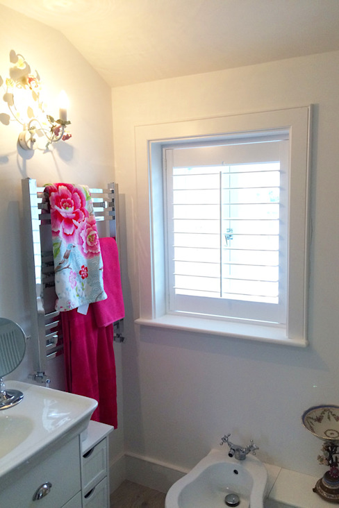 Modern shutters for bathrom windows Modern Bathroom by Plantation Shutters Ltd Modern Wood Wood effect