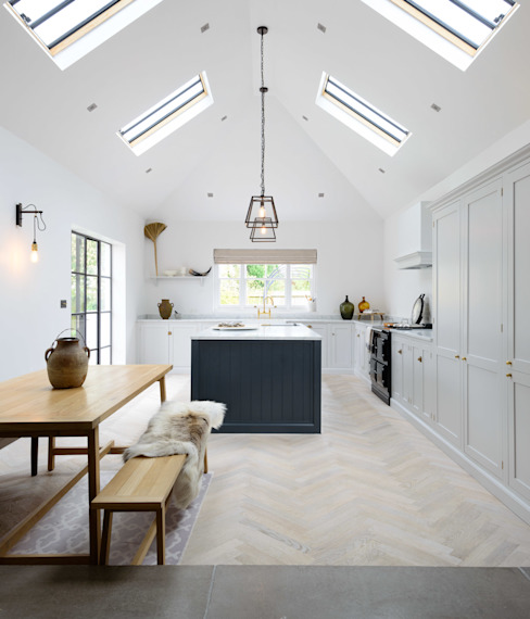 The Coach House Kitchen by deVOL by deVOL Kitchens Scandinavian Wood Wood effect