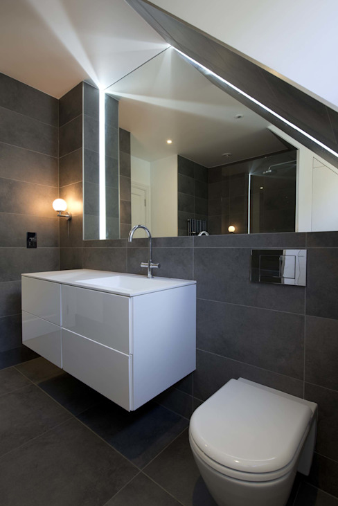 Hampstead Penthouse Minimalist style bathroom by DDWH Architects Minimalist