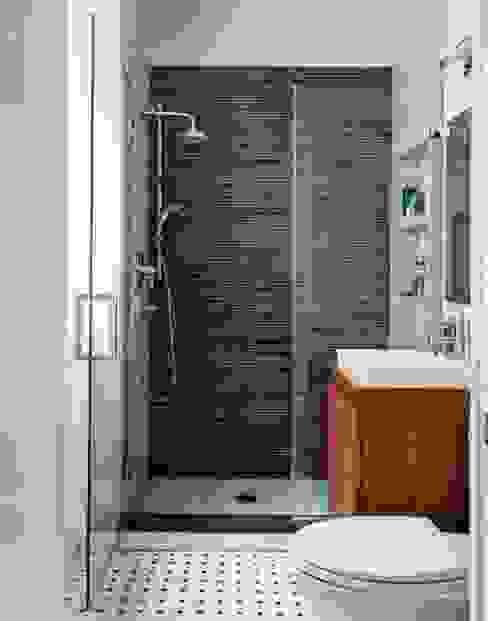 Modern bathroom by Decotek Modern Ceramic