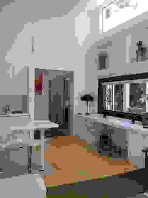 Casa La Punta Cocinas de estilo rústico de Grupo E Arquitectura y construcción Rústico