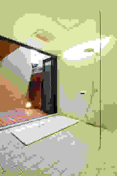 バスコートのあるお風呂 和風の お風呂 の 藤井伸介建築設計室 和風