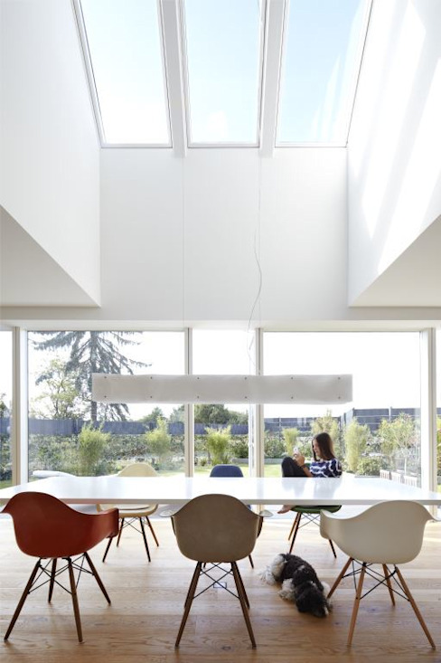 Dining room by Falke Architekten, Modern