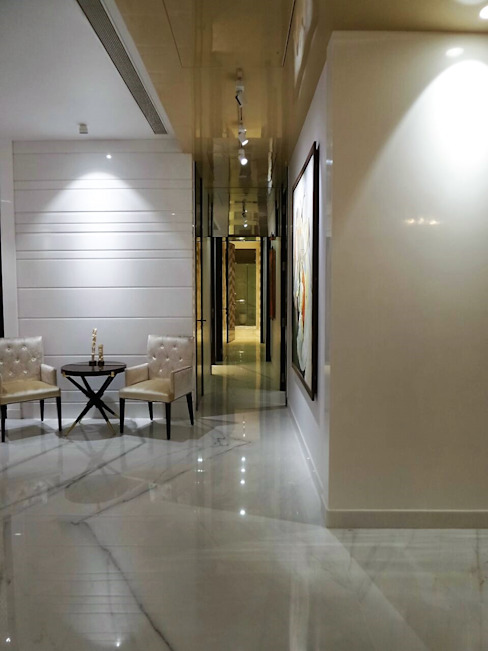 Passage l Eclectic style corridor, hallway & stairs by bhatia.jyoti Eclectic