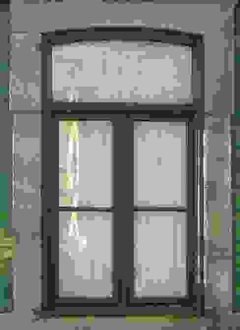 Top Janelas Caixilharias,Lda HouseholdHomewares Green