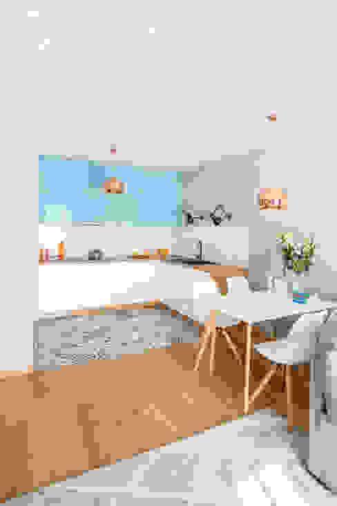 Dapur Gaya Skandinavia Oleh Decoroom Skandinavia