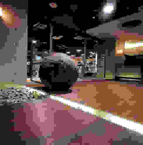 台中Being Spa休閒運動中心 根據 鼎爵室內裝修設計工程有限公司 簡約風 鐵/鋼
