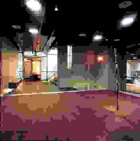 台中Being Spa休閒運動中心 根據 鼎爵室內裝修設計工程有限公司 簡約風 塑木複合材料