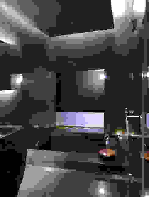 Baños de estilo  por 鼎爵室內裝修設計工程有限公司 , Minimalista Mármol
