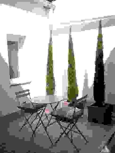 patio: Jardines de estilo  de Reformmia , Moderno