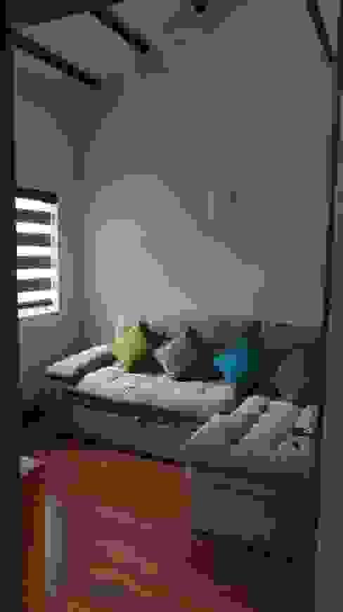 Simple y hermosa Erick Becerra Arquitecto Salas modernas