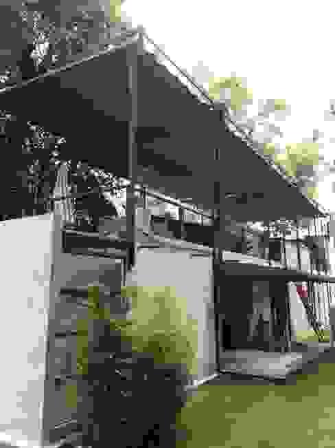 Casa los Dínamos Casas modernas de Materia Viva S.A. de C.V. Moderno