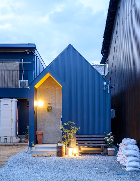 Industrial style houses by 風景のある家.LLC Industrial Iron/Steel