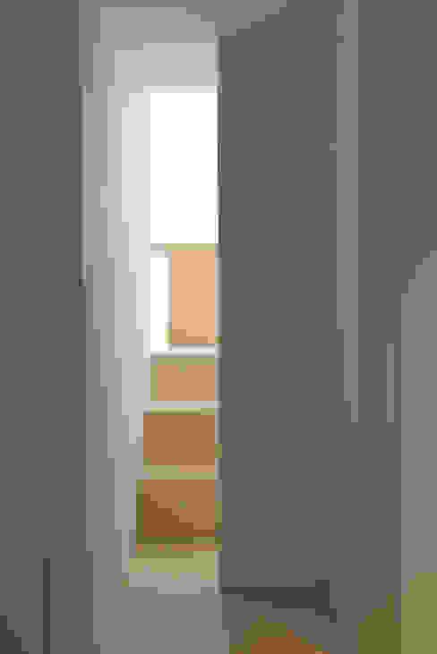 tối giản  theo Jen Alkema architect, Tối giản Đá vôi