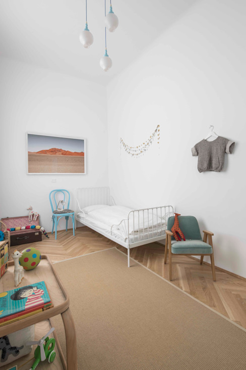 Dormitorios infantiles de estilo moderno de destilat Design Studio GmbH Moderno