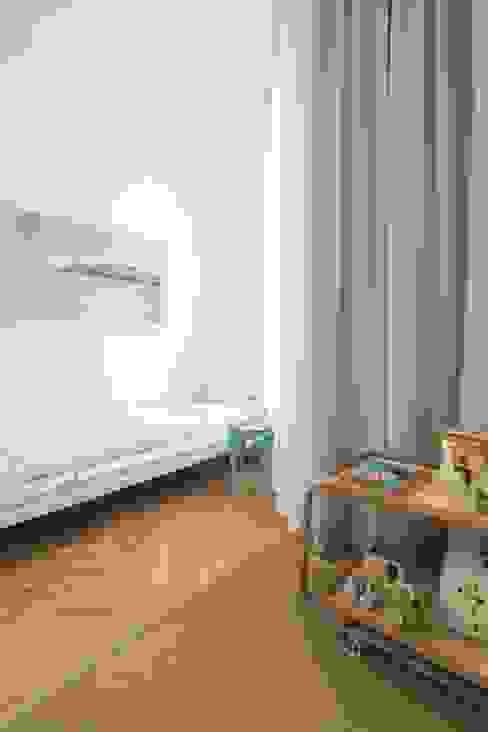 غرفة الاطفال تنفيذ destilat Design Studio GmbH,