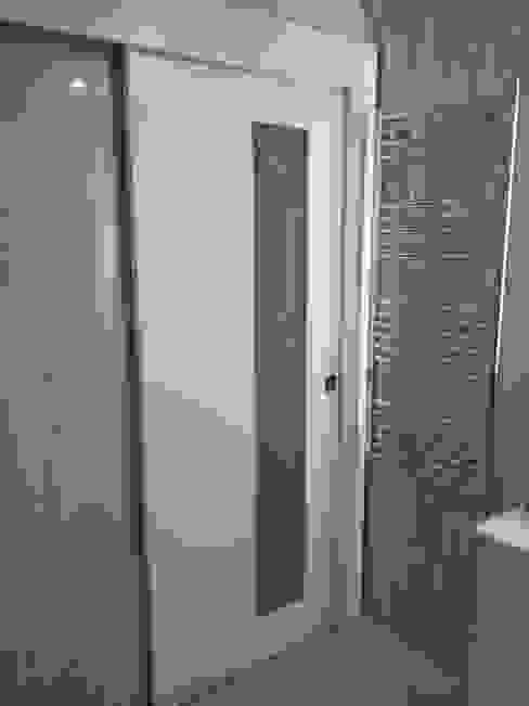 Wc Casas de banho modernas por homify Moderno