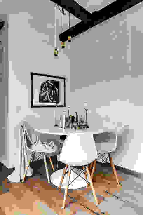 Ruang Makan Gaya Skandinavia Oleh Design for Love Skandinavia
