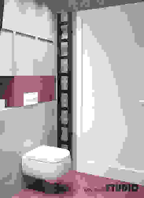 Baños de estilo minimalista de MIKOLAJSKAstudio Minimalista