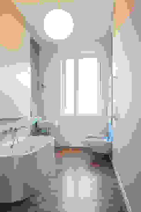 Minimalistische badkamers van disegnoinopera Minimalistisch