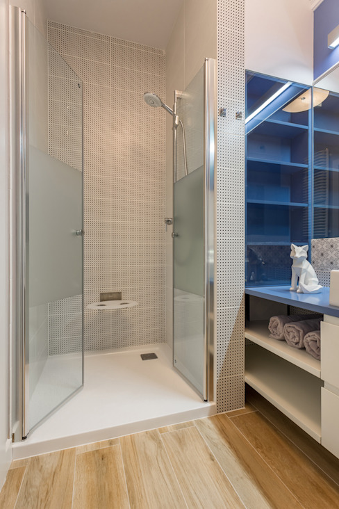 ห้องน้ำ โดย Gama Design Sp. z o.o.,