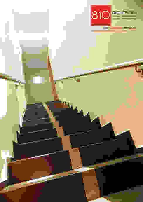 Casa Habitación. de León Martínez Pasillos, vestíbulos y escaleras de estilo moderno de 810 Arquitectos Moderno