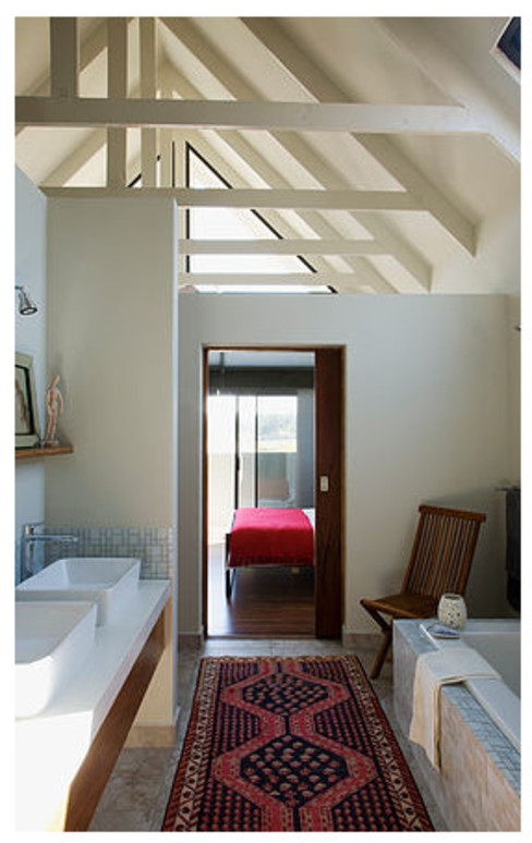 Waterfall estate - Johannesburg:  Bathroom by Graftink Interior and Architectural Design Studio , Country