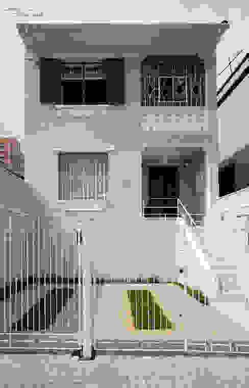 Classic style houses by SET Arquitetura e Construções Classic