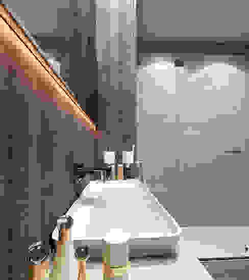 Baños de estilo minimalista de Esboçosigma, Lda Minimalista