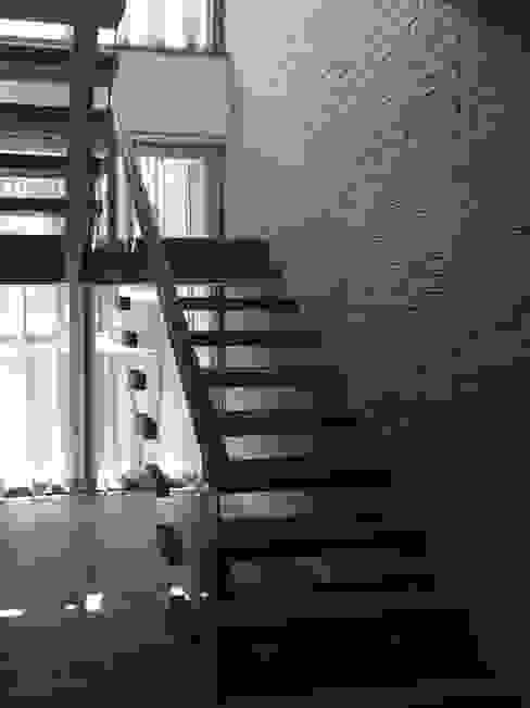 Ecologik Eclectic style corridor, hallway & stairs Grey