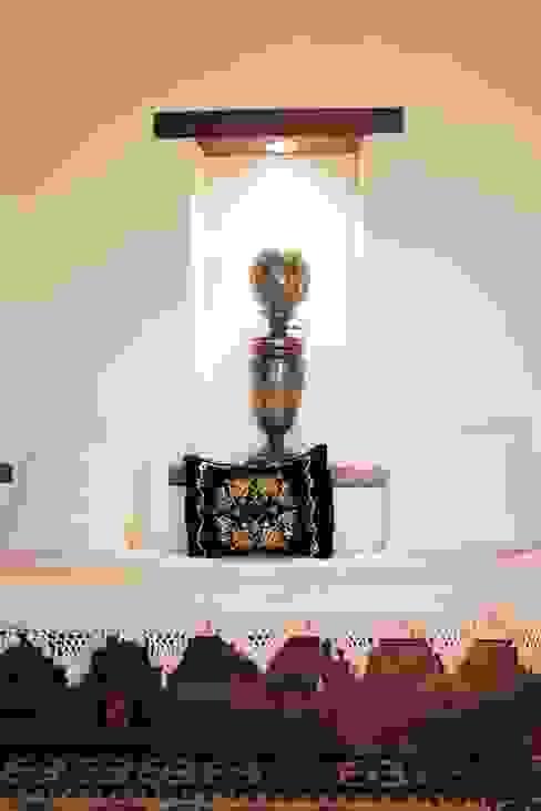 Ebru Erol Mimarlık Atölyesi Klasik Oturma Odası homify Klasik