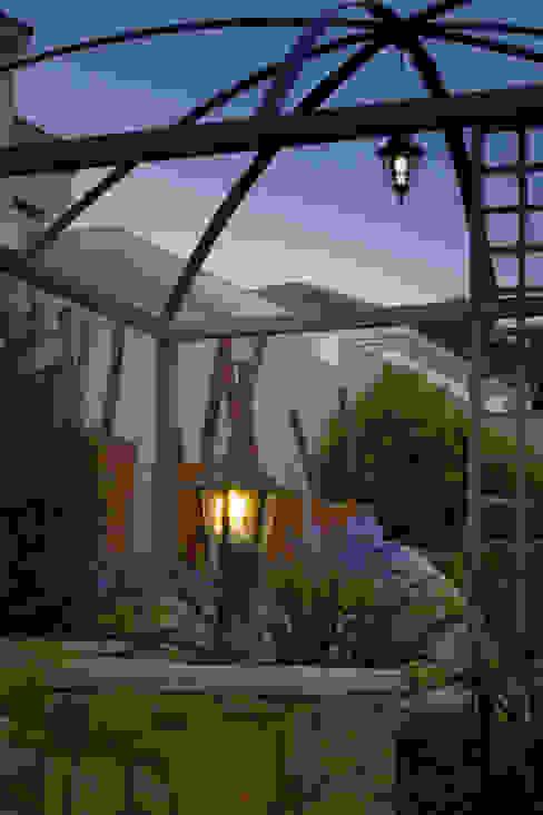 Garten im Landhausstil von The Friendly Plant (Pty) Ltd Landhaus