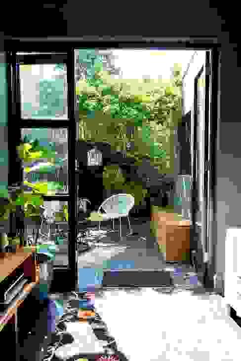 House Morningside Modern Garden by Ferguson Architects Modern