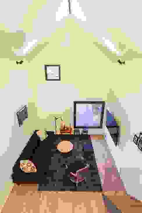 Houses by 픽셀 하우스 Pixel Haus