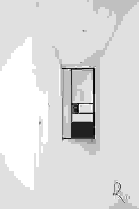 Corridor & hallway by 로하디자인