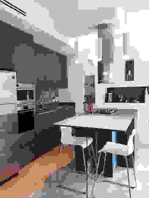 現代廚房設計點子、靈感&圖片 根據 SuMisura 現代風