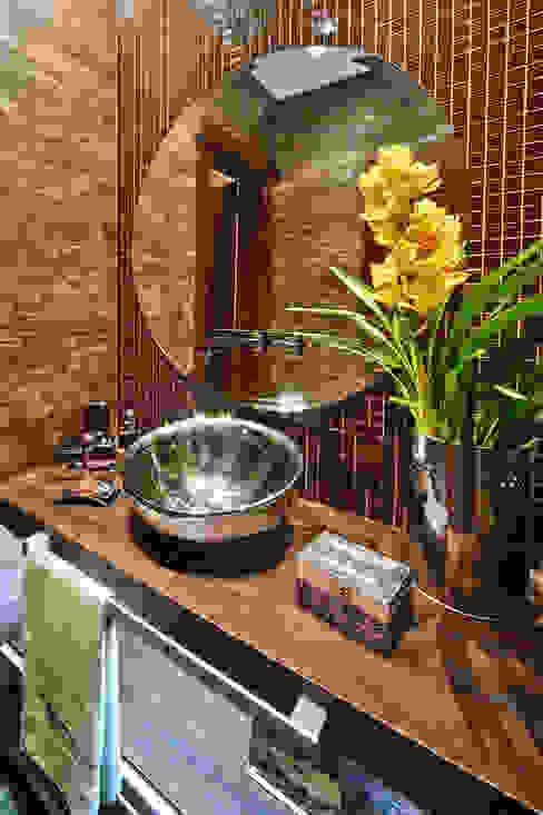 浴室 by arquiteta aclaene de mello, 田園風