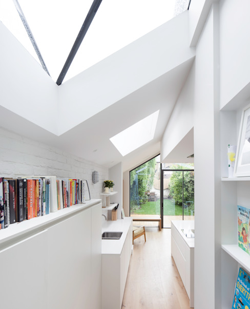 Bespoke skylights Modern style kitchen by TAS Architects Modern