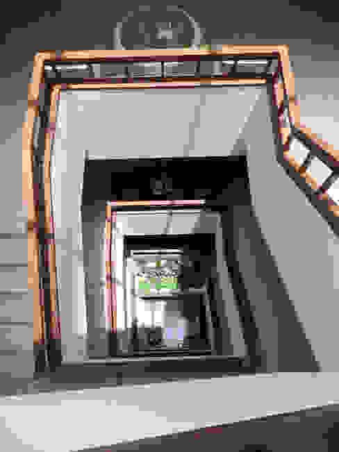 บันได SDofA Architect ห้องโถงทางเดินและบันไดสมัยใหม่