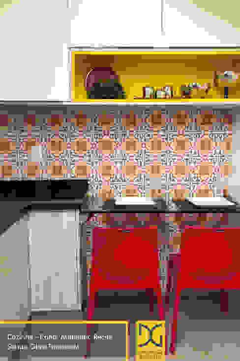 Estúdio DG Arquitetura Modern kitchen