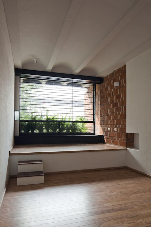 Hb/arq Modern windows & doors Wood Brown