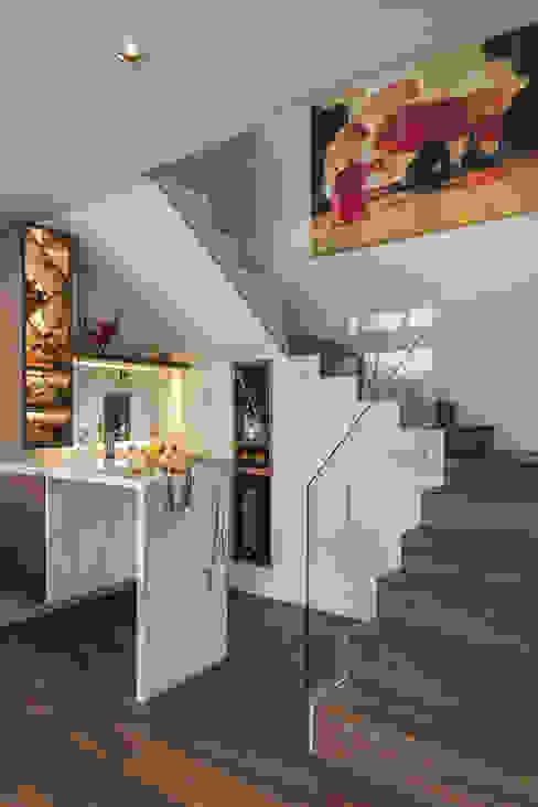 클래식스타일 와인 저장고 by MAAD arquitectura y diseño 클래식