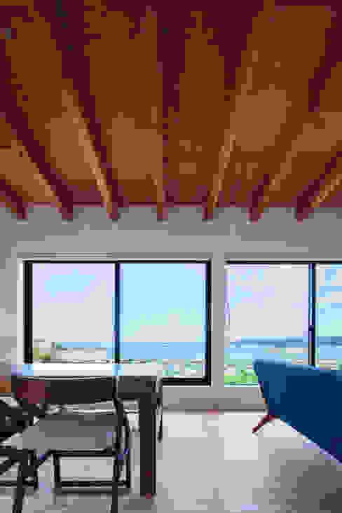 一級建築士事務所シンクスタジオ 에클레틱 벽지 & 바닥