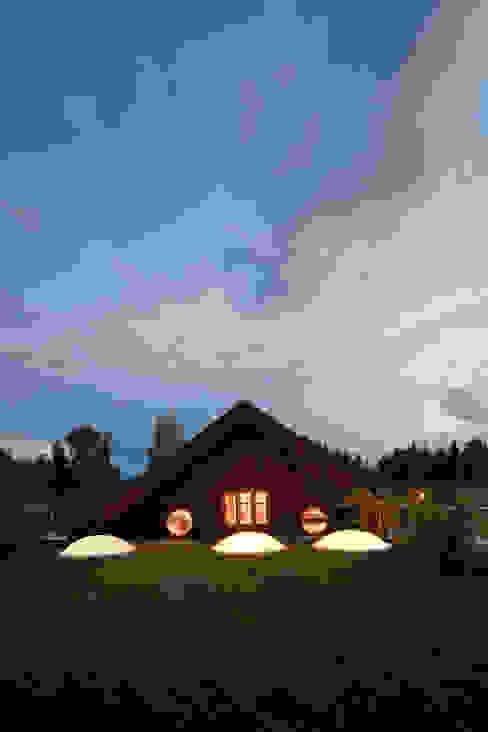 Modern houses by illichmann-architecture Modern
