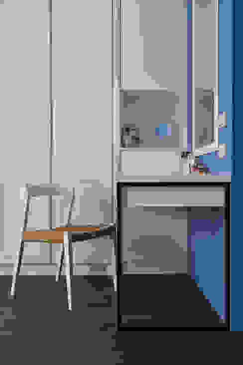 梳妝台:  臥室 by 存果空間設計有限公司
