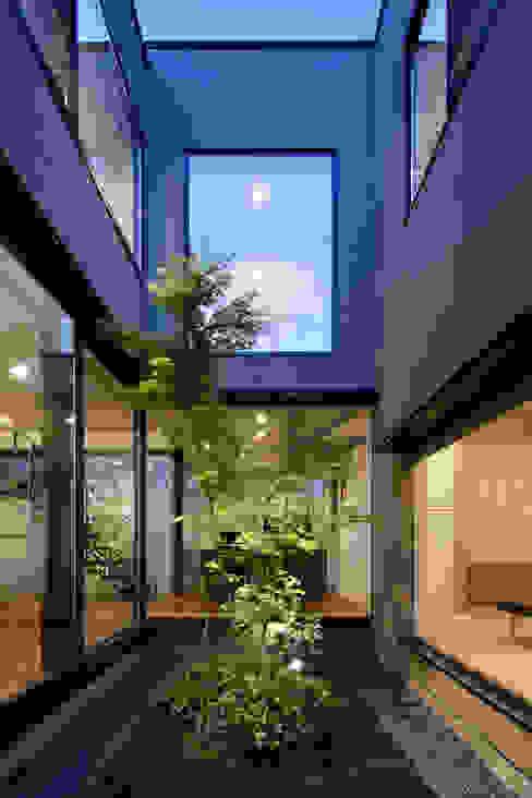 Jardines de estilo  por atelier137 ARCHITECTURAL DESIGN OFFICE, Moderno