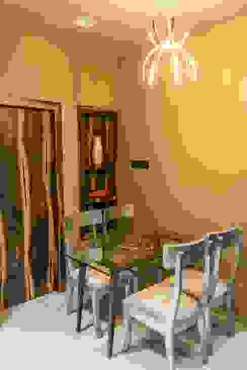Rishi Villa - Pune Aesthetica Modern dining room