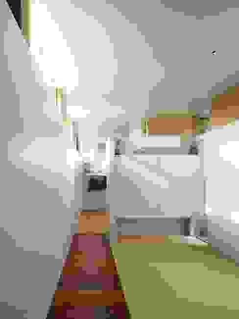 関屋の家 モダンデザインの 多目的室 の 藤原・室 建築設計事務所 モダン