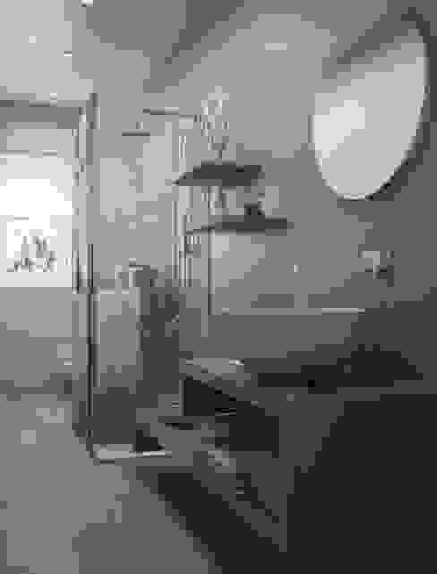 MC Ristrutturare Casa Modern bathroom