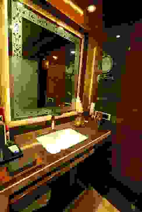 Basant Park - Chembur Modern bathroom by Aesthetica Modern